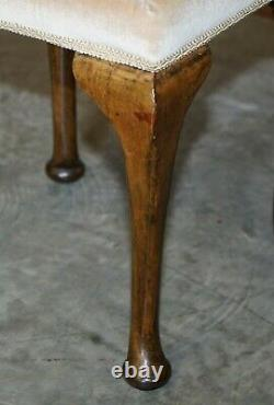 Victorian Antique Walnut Embroidered Dressing Table Or Piano Stool Lovely Legs